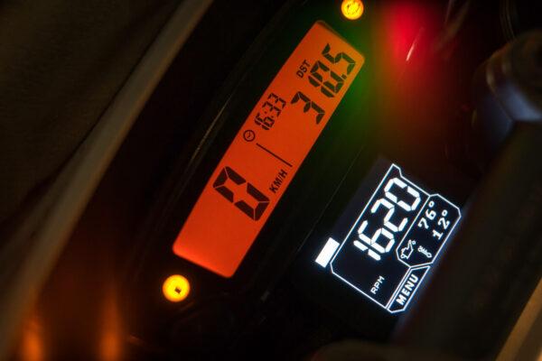 MC hastighetsmätare